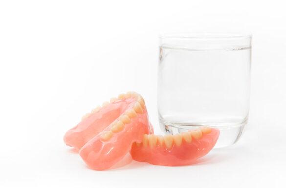 prótesis dentales o dentadura